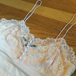 Peachy cropped lace and sequins tank top